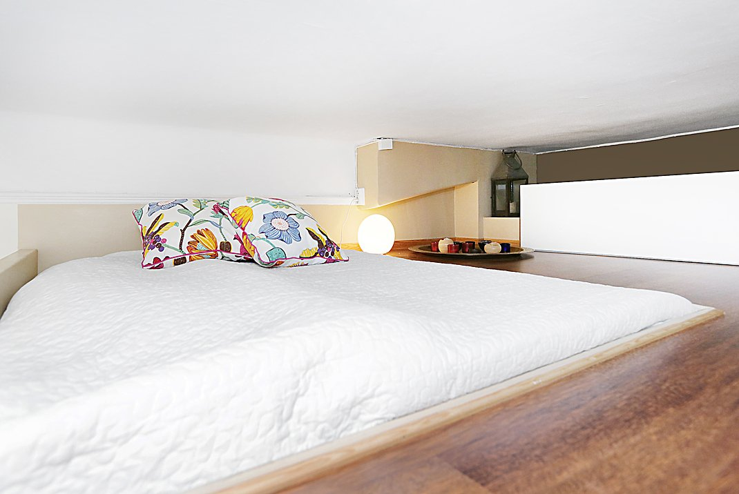фото: спальное место на втором уровне